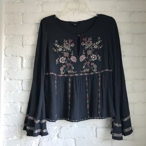 AE | Gray Embroidered Bell Sleeve Peasant Top